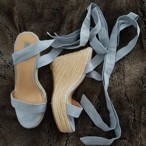 Espadrille wedges lace up